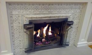 "This 6"" design in the Ivory Steel finish adds elegant to this fireplace."
