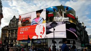 SteamHammerVR Video at Piccadilly Circus