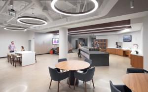 The 2401 Cedar Springs fitness center includes cutting-edge workout equipment and a social lounge with gourmet vending, wine lockers, and collaborative work stations.l