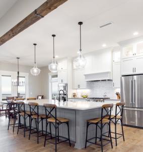 Modern Farmhouse Kitchen Design in Yakima Washington